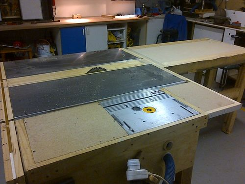 All replies on what is your favorite router and lift lumberjocks idea from shop notes with some minor modifications and installed it on my saw table you cant see it very clearly but i have a video of it as well keyboard keysfo Choice Image