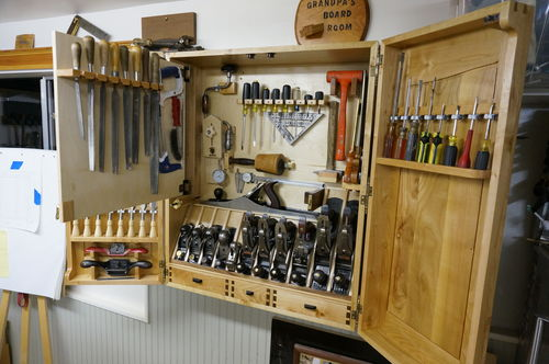 Building A Wall Hanging Tool Cabinet 6 6 By