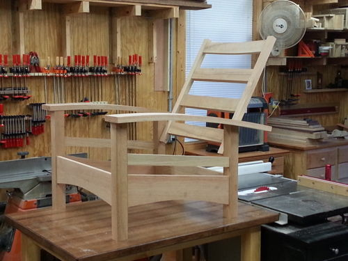 Gentil I Am In The Process Of Building The Chair From Wood Mag, Canu0027t Remember The  Issue #. Being This Is My First Chair I Decided Not To Be Selective (color  And ...