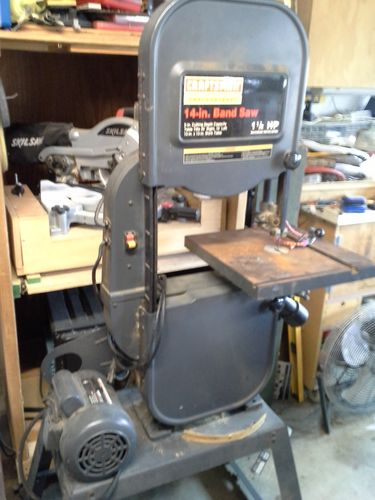 Craftsman band saw by jonlruss lumberjocks woodworking not a very good picture of it the camera in my phone is crappy thats a piece of one of the tires is laying on the stand greentooth Image collections