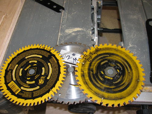 Cuting dados on the dewalt dw745 table saw by htl lumberjocks as you can see these blades dont match one a 60 tooth a 40 tooth and another brand that just happened to be close to the same size 40 tooth keyboard keysfo Image collections