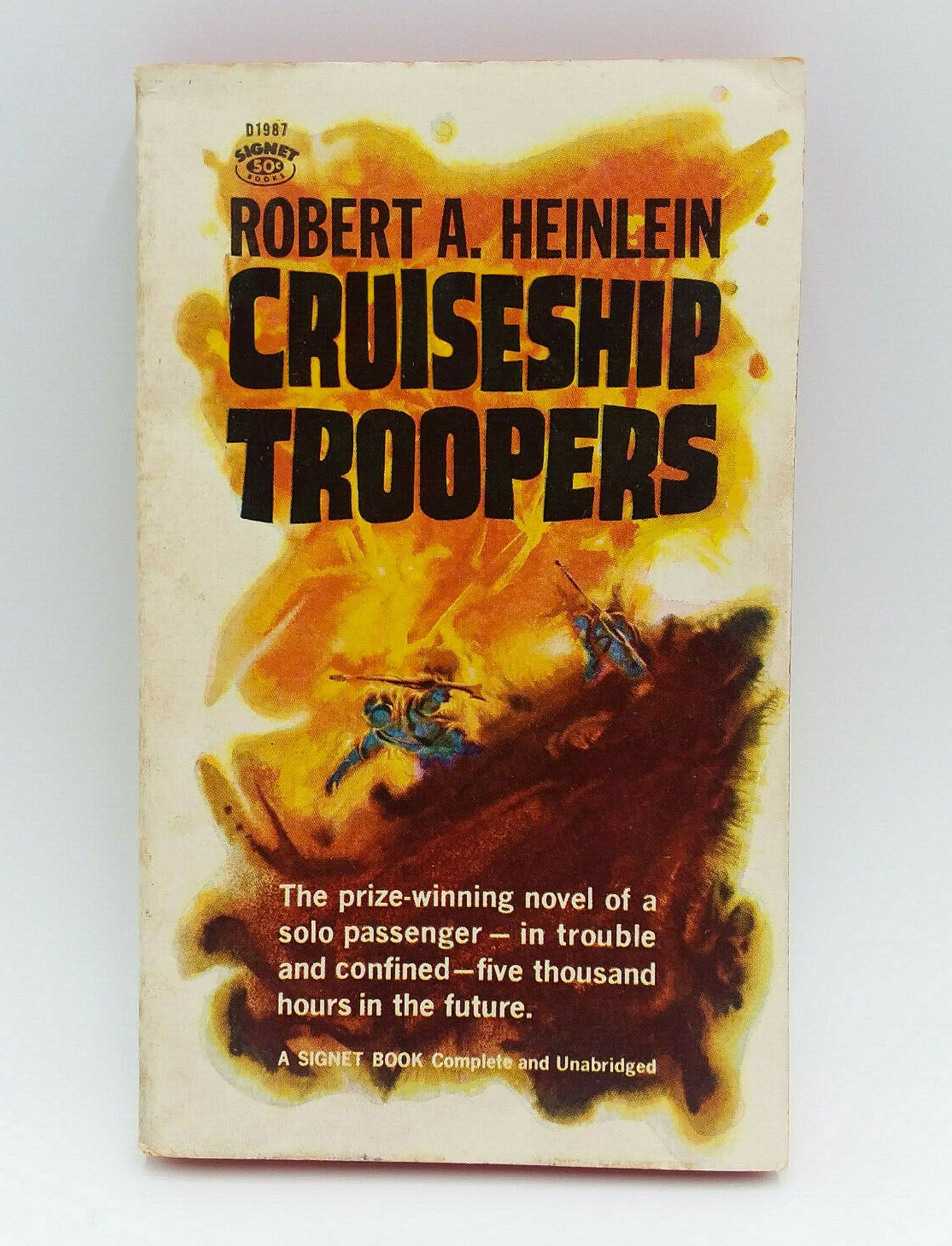 Cruiseship Troopers (Starship Troopers, by Robert A. Heinlein)
