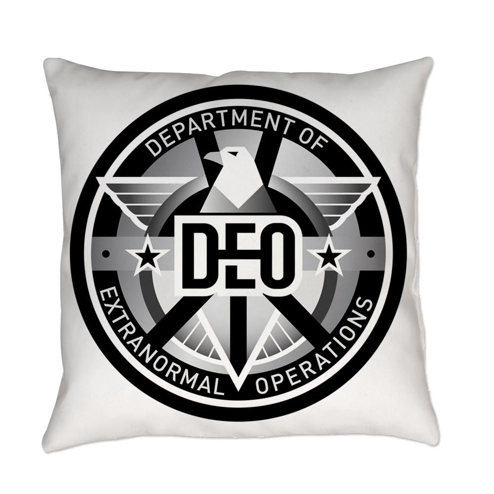 DEO Logo Everyday Pillow