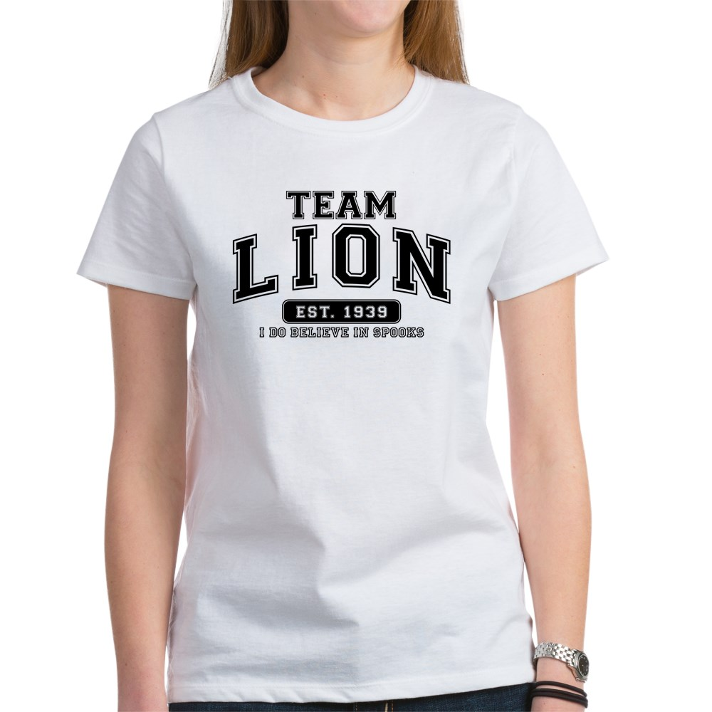 Team Lion - I Do Believe in Spooks Women's T-Shirt