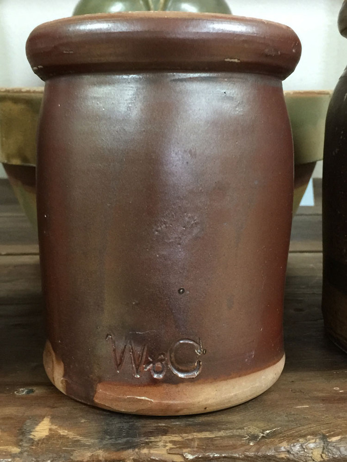 Quart Jar with Lid W & C (Wagner & Chabot)