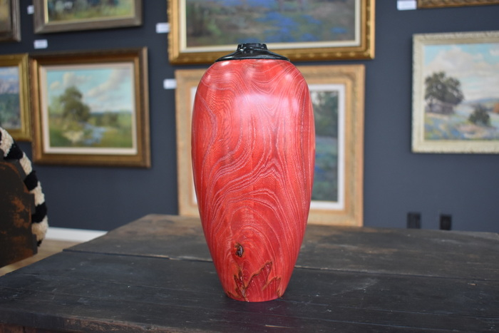 Large Hackberry Vase, Whitlimig Wax