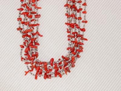 Coralpucanecklace3