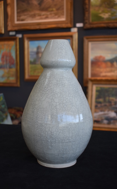 Huge_crackle_vase4