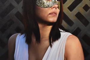 Masked_lady5