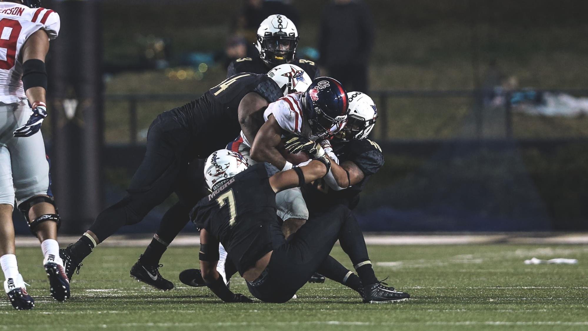 fca8cf22a Dare Odeyingbo - Football - Vanderbilt University Athletics