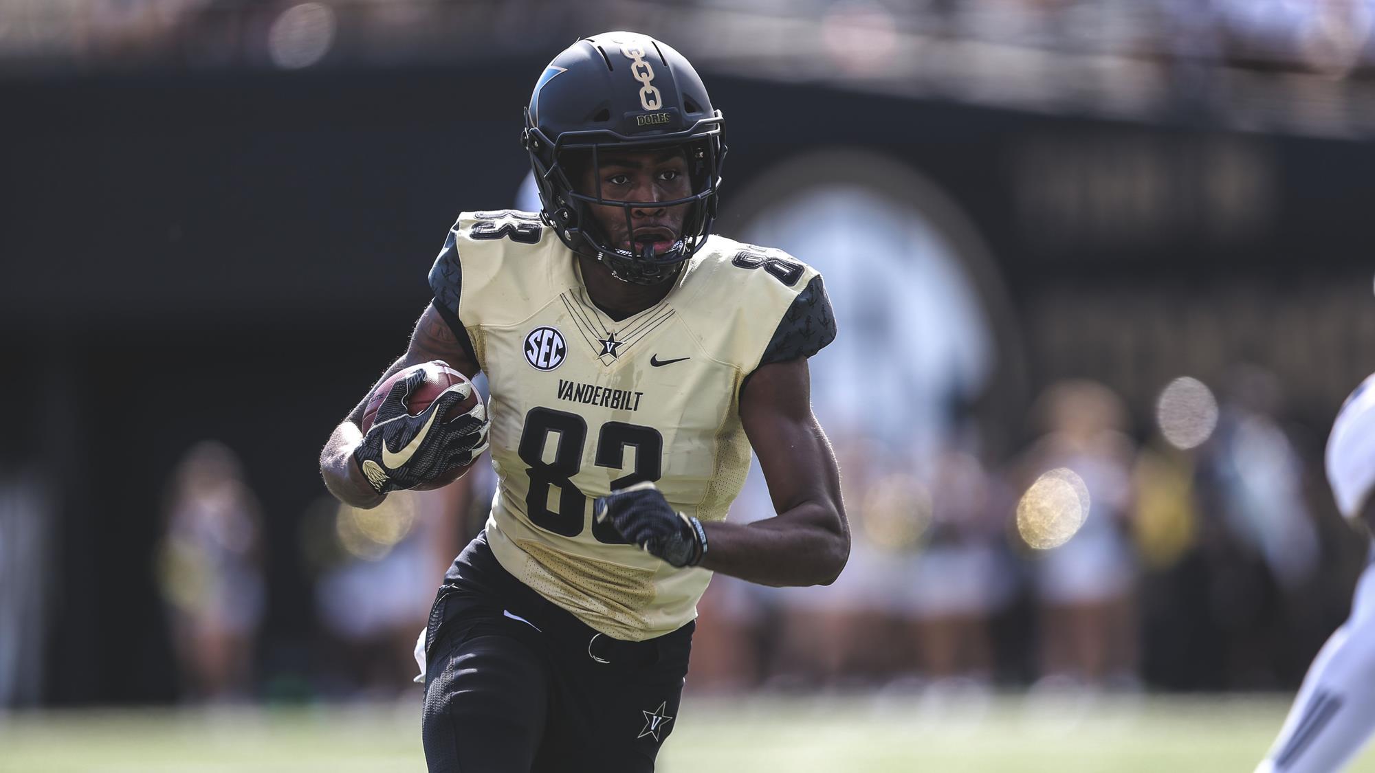 d8f9ca7d2 C.J. Bolar - Football - Vanderbilt University Athletics