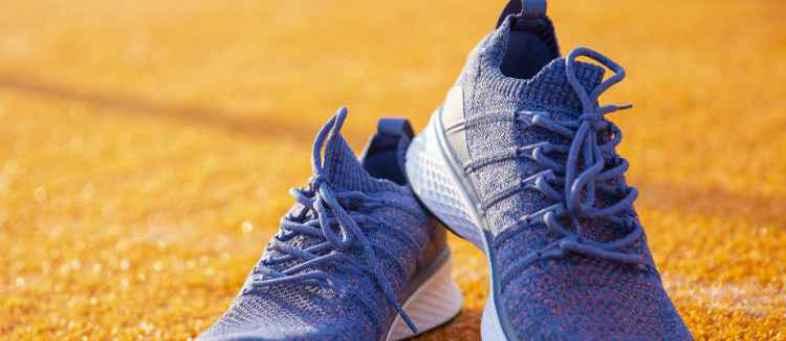 mi  sports shoes.jpg