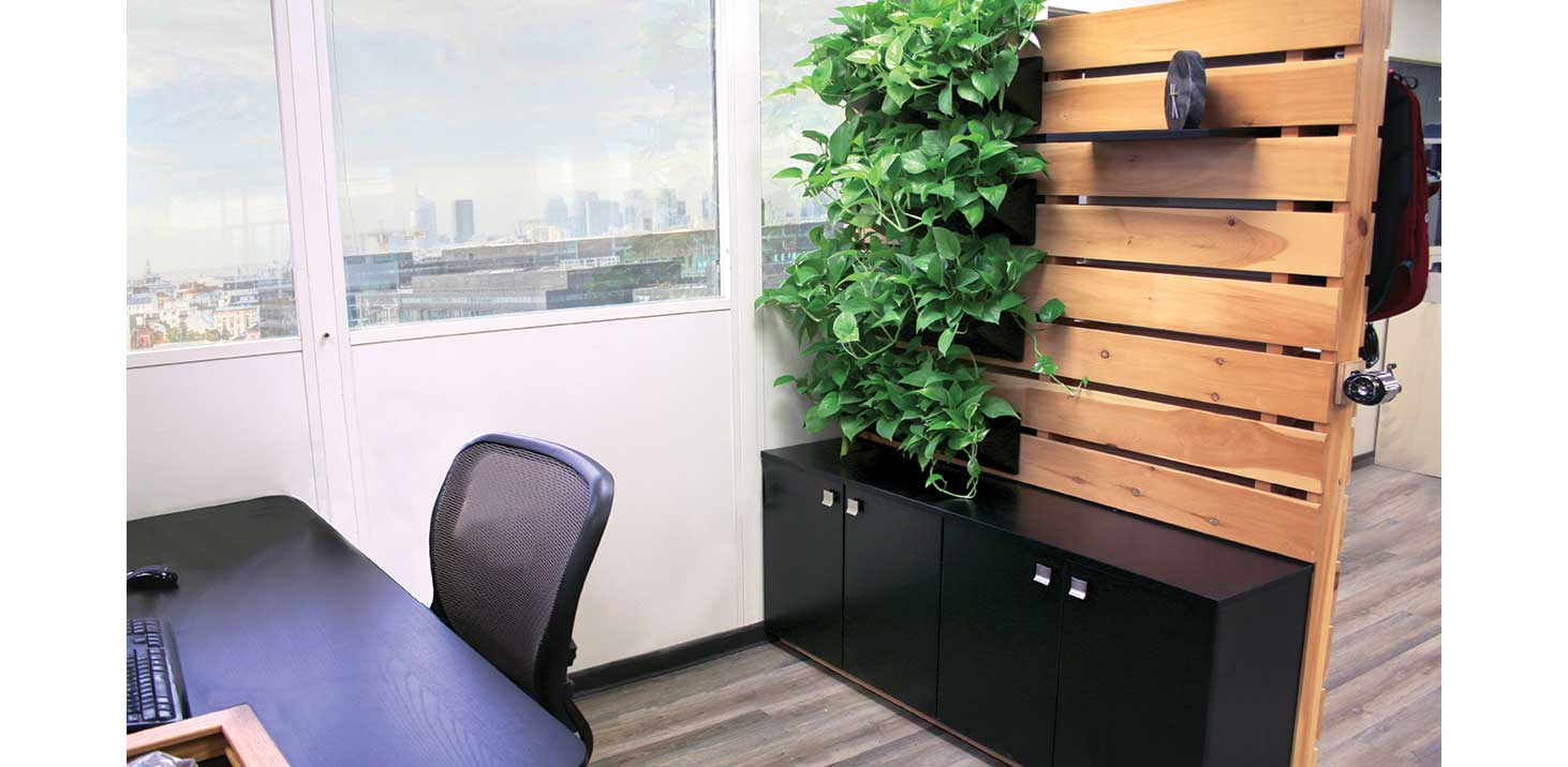 Pallet Display Space Division Furniture