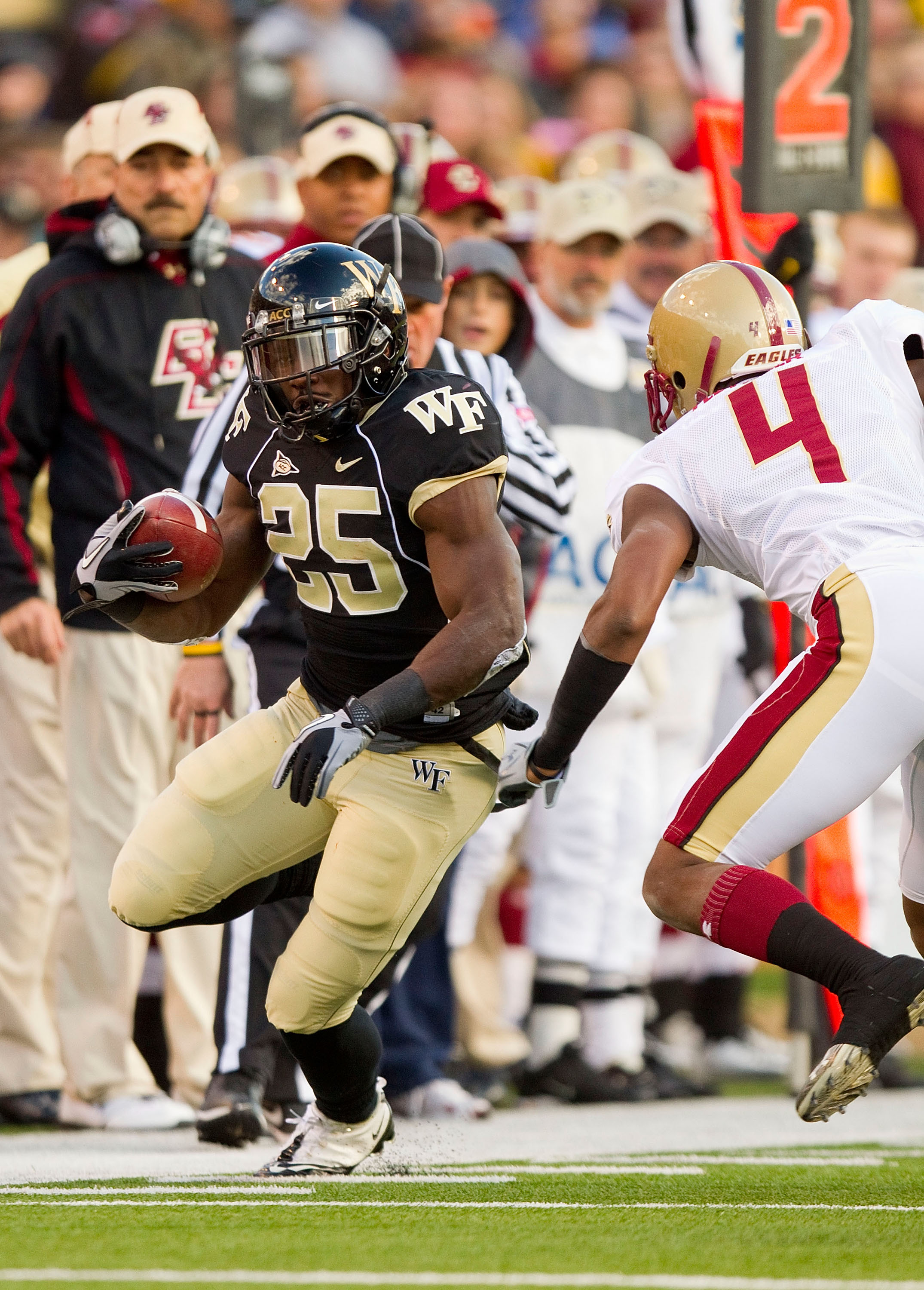 Josh Harris rushed for 138 yards and a touchdown in Wafe Forest's win over Vanderbilt. (File photo)