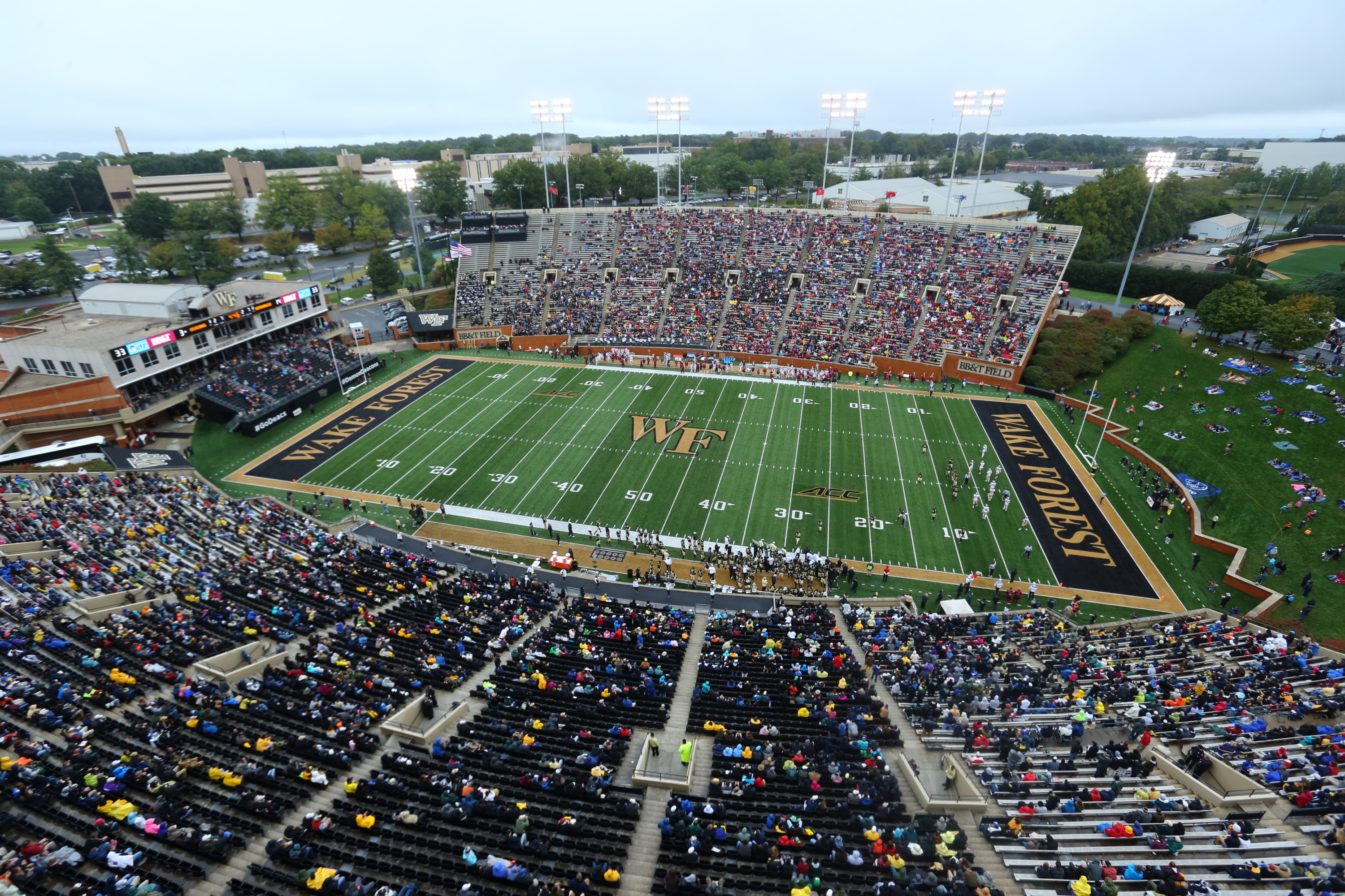 Wake Forest To Add Stadium Wide Alcohol Sales At Bbt Field Ljvm