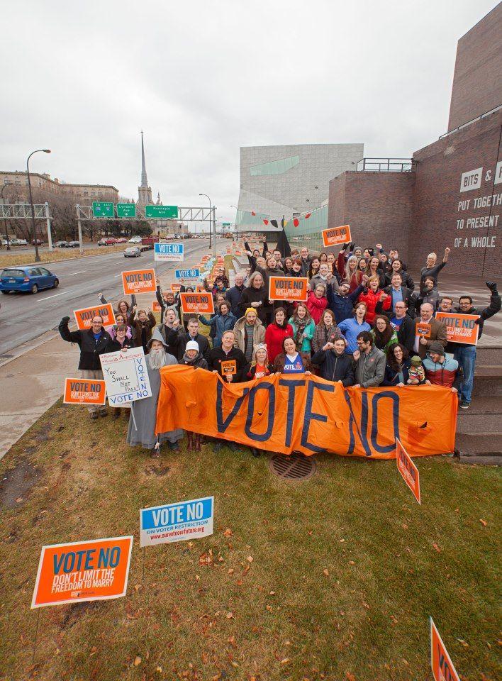 Walker staff vote no 2014