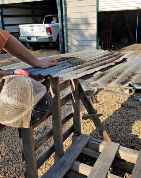 How To Build a Mobile Water and Mineral Stand for your Homestead...via Walking in High Cotton