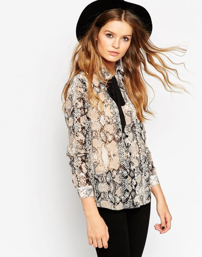 Contrast Tie Snake Print Blouse