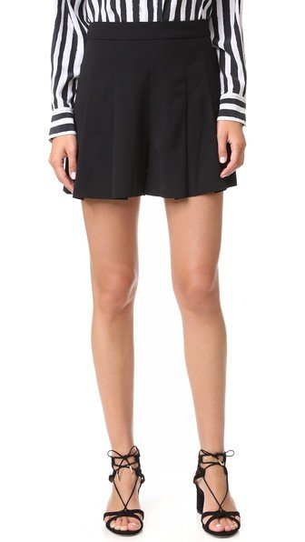 Winslet Pleated Shorts