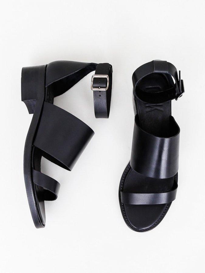 Tin Sandal in Black