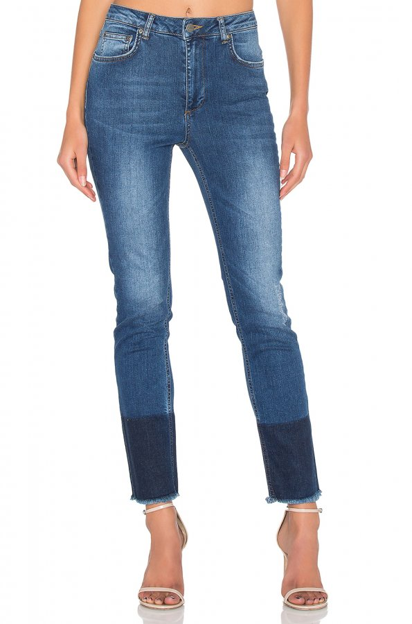 Jeans With Hem Detail