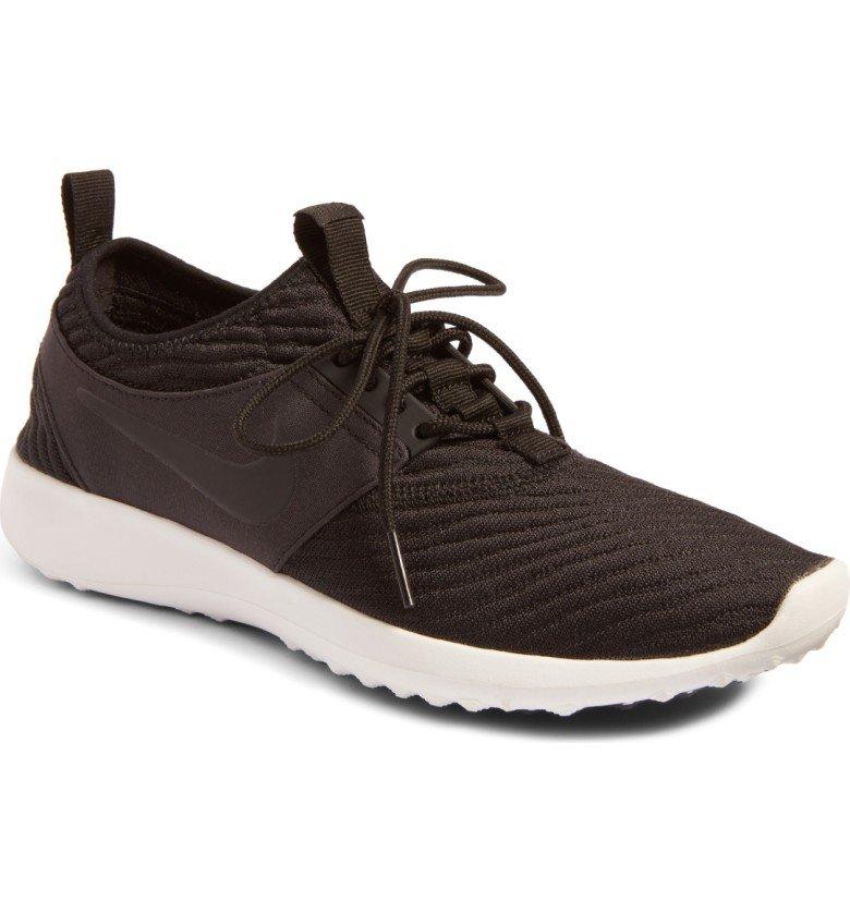 Juvenate SE Sneaker