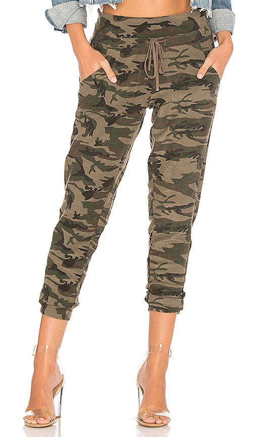Textured Camo Sweatpant