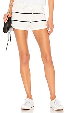 Dolphin Shorts in Cream