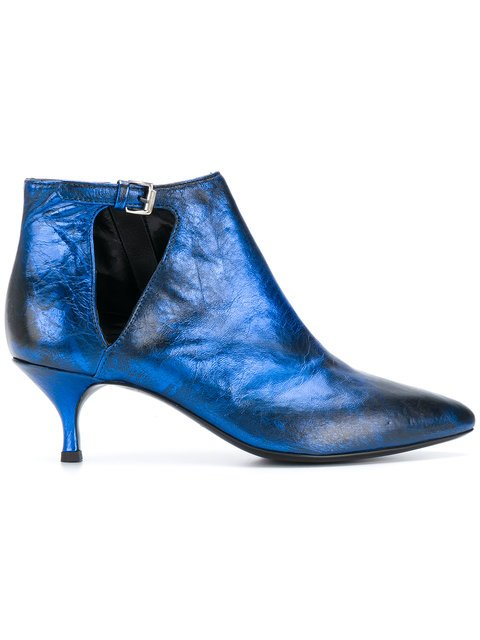 Strategia Pointed Toe Booties - Farfetch