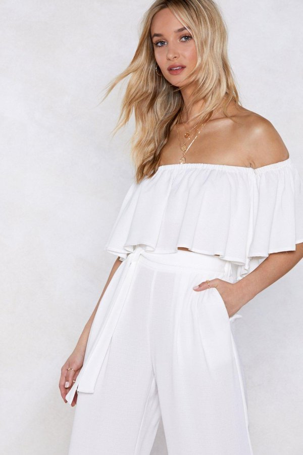We\'re a Tan of This Off-the-Shoulder Top