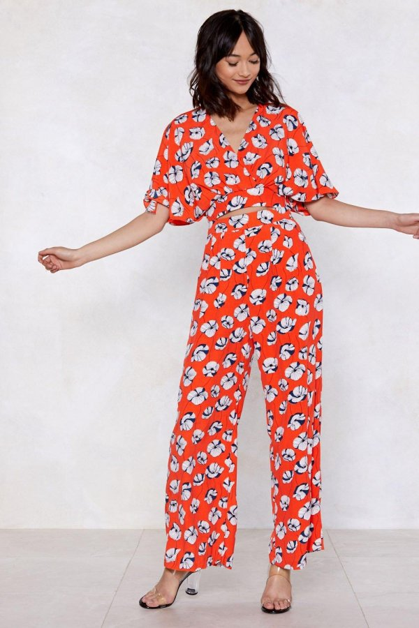 Late Bloomer Floral Crop Top and Pants Set