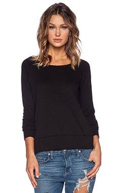 Classic Long Sleeve Raglan Sweatshirt                                             James Perse