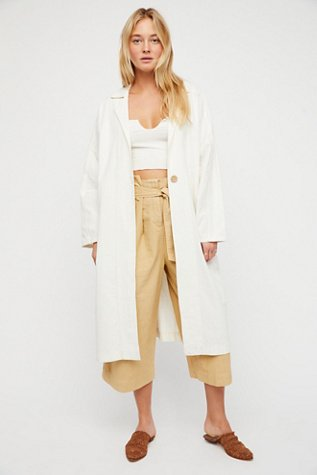 Lia Trench