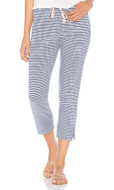 Stripe Cropped Sweatpants                                             SUNDRY