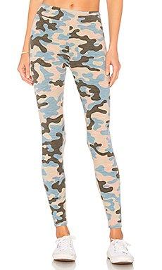 Camo Yoga Pant                                             SUNDRY