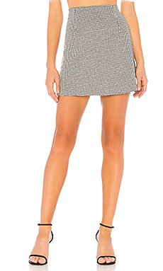 Houndstooth Mini Skirt                                             MINKPINK