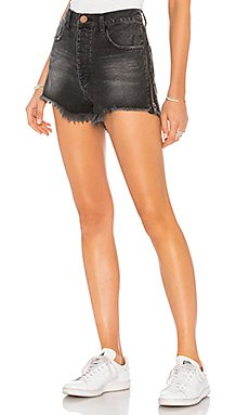 Outlaws Denim Short                                             One Teaspoon
