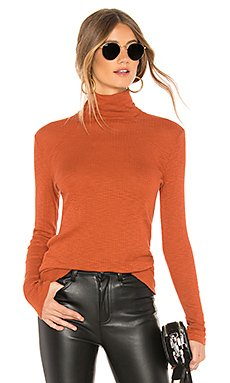Fitted Turtleneck                                             SUNDRY