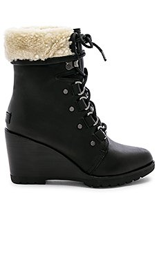 After Hours Lace Boot                                             Sorel