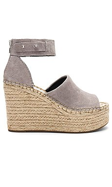 Straw Wedge                                             Dolce Vita