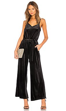 One Night Only Velvet Jumpsuit                                             Sanctuary