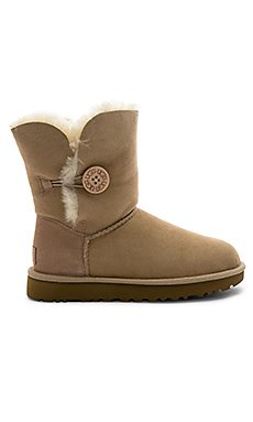 Baily Button II Boot                                             UGG