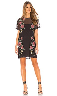 Night Rose Mesh Tee Dress                                             MINKPINK