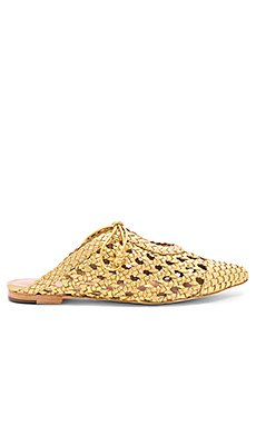 Belen Flat                                             Ulla Johnson
