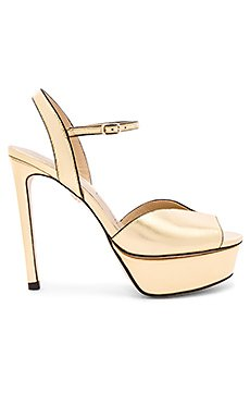 Platform Heel                                             Lola Cruz