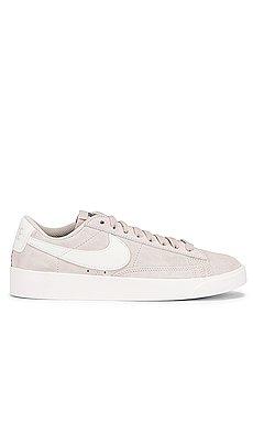 Blazer Low Suede Sneaker                     Nike