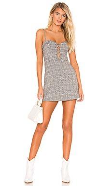 Sandy Lace Up Dress                     superdown