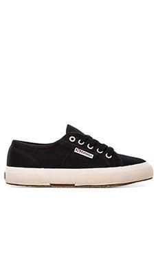 Cotu Classic Sneaker                     Superga