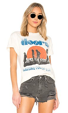 Doors Waiting for the Sun Oversized Tee                     DAYDREAMER