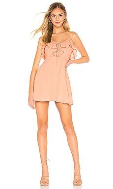 Whitney Ruffle Lace Up Dress                     superdown